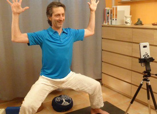 helmut wostatek yogalehrer live-online-yoga