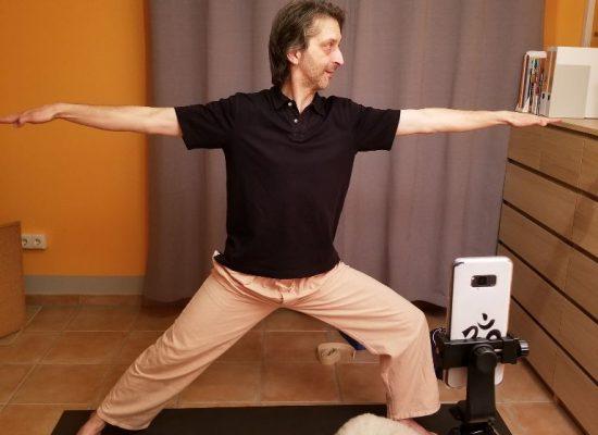 Helmut Wostatek Yogalehrer Backstage